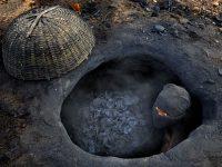 Производство древесного угля традиционным способом